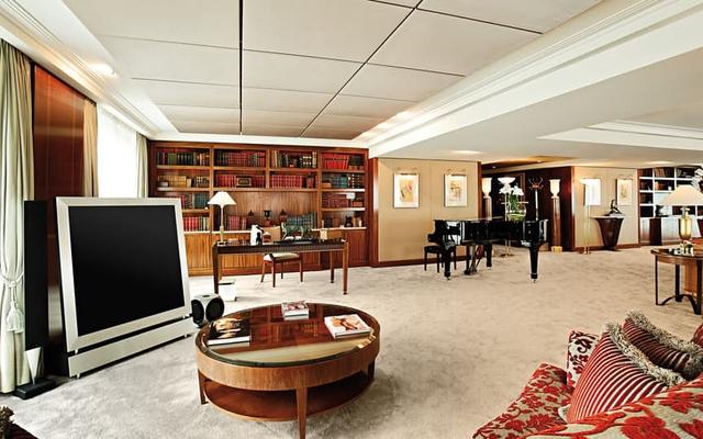 Khách sạn Wilson là địa chỉ quen thuộc của những người nổi tiếng và những chính trị gia có tầm ảnh hưởng.