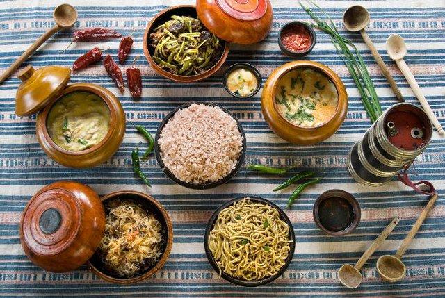 Du khách sẽ được thưởng thức những món truyền thống của Bhutan do công ty du lịch chuẩn bị.