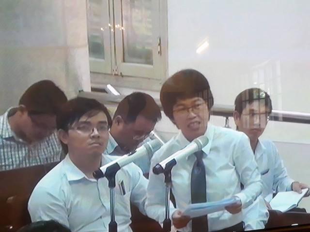 Phiên tòa sáng 23/9: Luật sư đề nghị VKS chứng minh Nguyễn Xuân Sơn phạm tội Tham ô và Lạm dụng chức vụ - Ảnh 2.