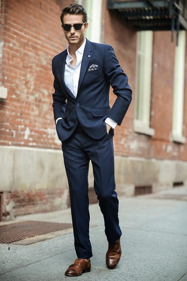 Giày da là lựa chọn thời trang tốt nhất cho hình ảnh người đàn ông thành đạt.