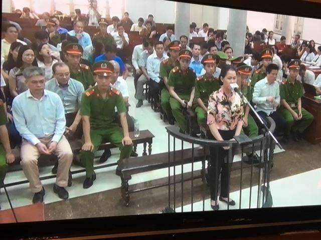 Phiên tòa chiều 24/9: Hà Văn Thắm cảm ơn mọi người và gửi lời xin lỗi đến các gia đình của nhân viên - Ảnh 1.