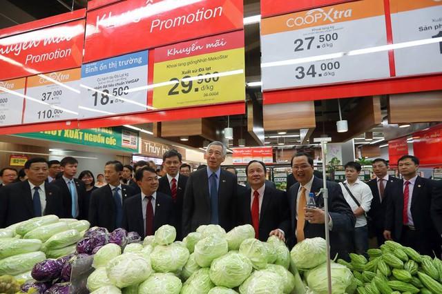 CO.OPXtra, một thương hiệu khác của Singapore bên trong siêu thị tại Việt Nam.