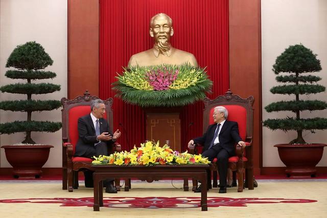 Tổng Bí thư Nguyễn Phú Trọng tiếp Thủ tướng Singapore.