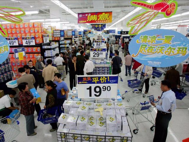 """Để trấn an người dùng, Walmart tung ra khẩu hiệu """"không lo lắng"""" từ năm 2012."""