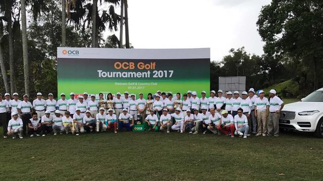 Các Golfers dự lễ khai mạc và thi đấu tại Vietnam Golf and Country Club