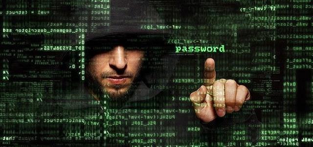 Từ những năm 2000, Microsoft đã nỗ lực ngăn chặn các phần mềm độc hại khi nhận thấy chúng đe dọa danh tiếng công ty.