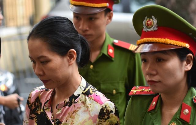 Phiên tòa sáng 29/9: Toà tuyên án Hà Văn Thắm và các đồng phạm - Ảnh 3.
