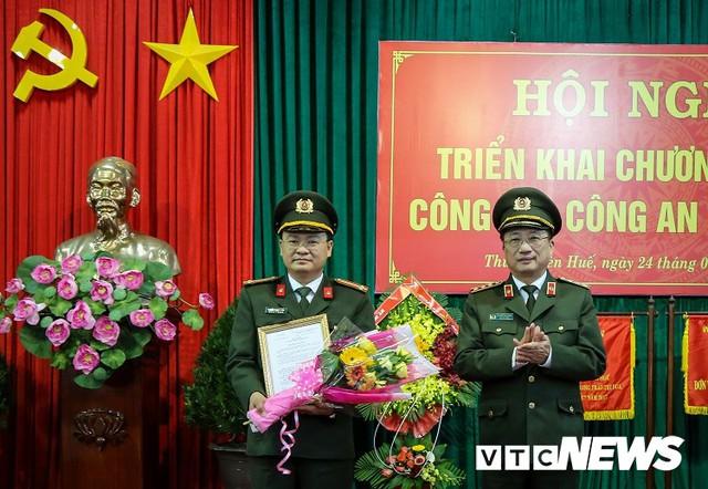 Nguyên Bí thư Đoàn Bộ Công an làm tân Phó giám đốc Công an Thừa Thiên - Huế - Ảnh 1.