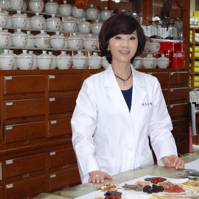 Chuyên gia Đông y chia sẻ công thức 3 loại trà thanh lọc gan, sáng mắt, tốt cho nội tạng - Ảnh 2.