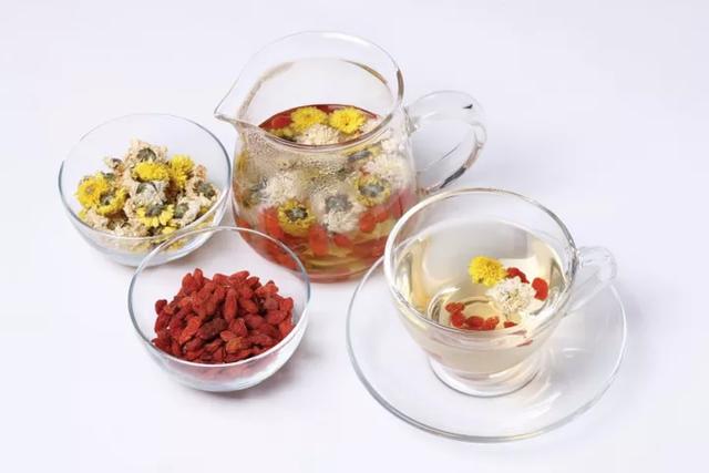 Chuyên gia Đông y chia sẻ công thức 3 loại trà thanh lọc gan, sáng mắt, tốt cho nội tạng - Ảnh 3.