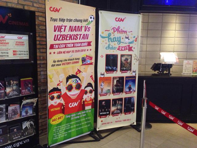 Rạp phim ồ ạt mở cửa miễn phí phục vụ khán giả xem trận chung kết U23 Việt Nam - Ảnh 1.
