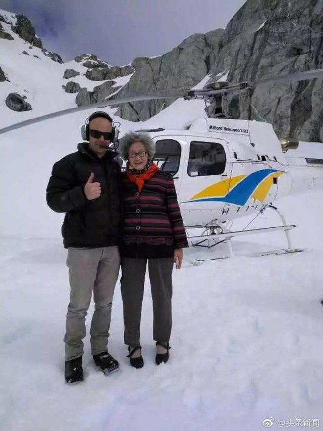 Cụ bà 88 tuổi ở Trung Quốc bán nhà lấy tiền du lịch vòng quanh thế giới - Ảnh 1.