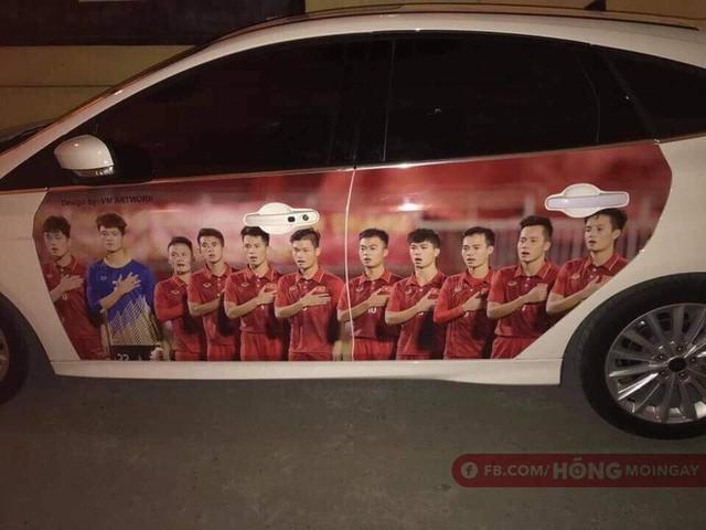 Một không khí rất khác trước ngày diễn ra trận chung kết U23 Châu Á: Màu cờ sắc áo đã tràn ngập khắp phố phường! - Ảnh 11.