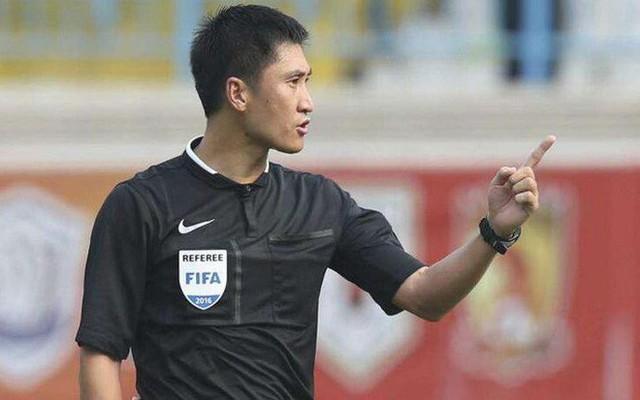 Chân dung vị trọng tài Trung Quốc sẽ bắt chính trong trận chung kết U23 châu Á 2018 - Ảnh 11.