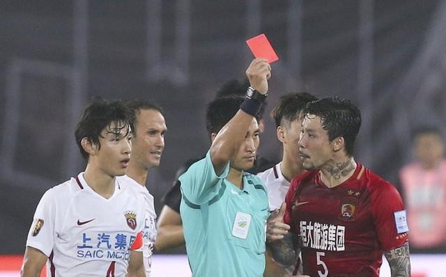 Chân dung vị trọng tài Trung Quốc sẽ bắt chính trong trận chung kết U23 châu Á 2018 - Ảnh 5.