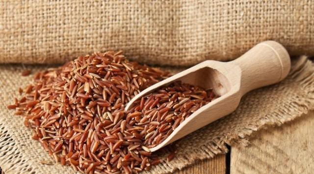 Chăm ăn những thực phẩm này từ trẻ sẽ giúp phòng ngừa mắc bệnh ung thư đại tràng tối đa - Ảnh 1.
