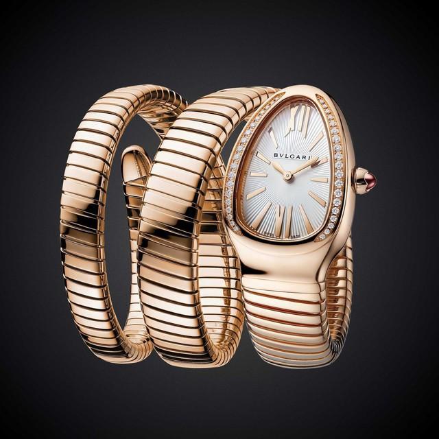 """Bulgari tiếp tục tung ra những phiên bản mới cho mẫu đồng hồ Serpenti, chứng minh khả năng """"biến hóa"""" không tưởng của nhà thiết kế - Ảnh 2."""