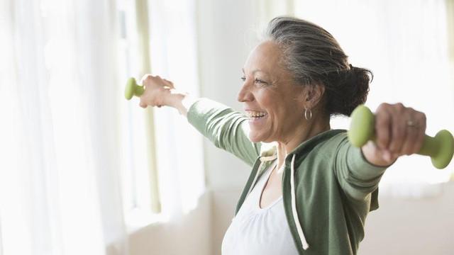 8 yếu tố khiến nguy cơ mắc các loại ung thư gia tăng ở mọi lứa tuổi, một trong đó là thói quen đa số người làm văn phòng mắc phải - Ảnh 5.