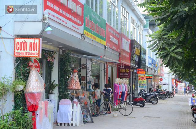 Ảnh, clip: Tuyến phố kiểu mẫu đầu tiên ở Hà Nội thất bại sau 2 năm thử nghiệm đồng phục biển hiệu - Ảnh 15.