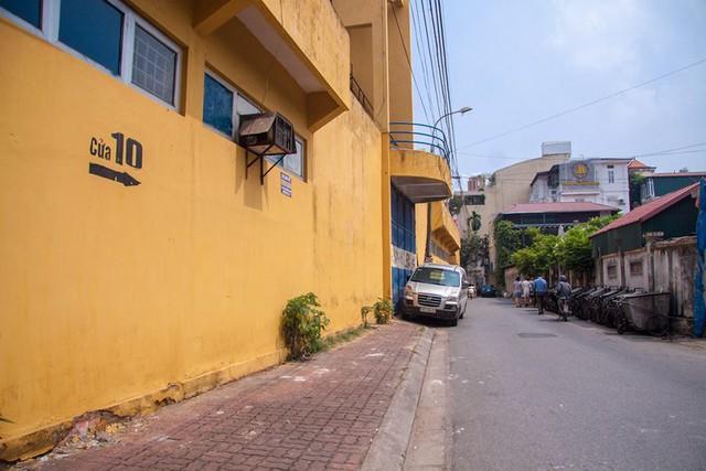 Cận cảnh sân Hàng Đẫy được Hà Nội chi 6.000 tỷ xây mới   - Ảnh 17.
