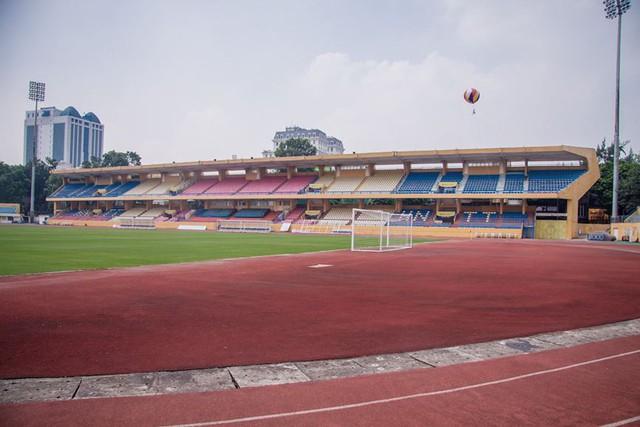 Cận cảnh sân Hàng Đẫy được Hà Nội chi 6.000 tỷ xây mới   - Ảnh 5.