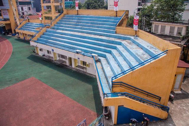Cận cảnh sân Hàng Đẫy được Hà Nội chi 6.000 tỷ xây mới   - Ảnh 6.