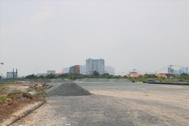 Soi khu đất dự kiến xây dựng nhà hát giao hưởng 1.500 tỷ đang gây tranh cãi - Ảnh 4.