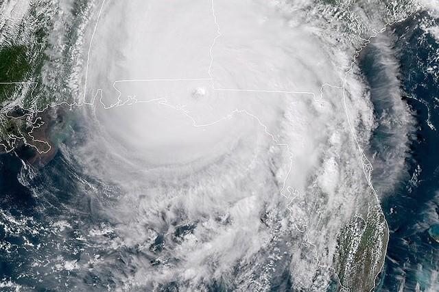 Siêu bão Michael đổ bộ vào Mỹ và Panama với sức tàn phá khủng khiếp - Ảnh 5.