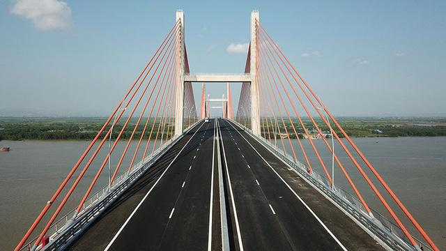 Chiêm ngưỡng cây cầu hơn 7.000 tỷ đồng nối liền Hải Phòng - Quảng Ninh - Ảnh 8.
