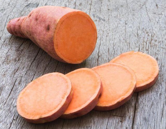 5 lợi ích sức khỏe của khoai lang có thể bạn chưa biết: Thêm lý do để bổ sung siêu thực phẩm giá rẻ này mỗi ngày - Ảnh 1.