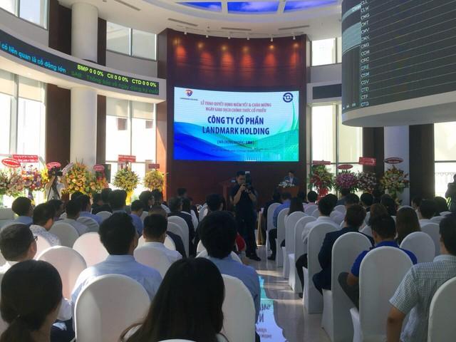 Landmark Holding chính thức chào sàn, kỳ vọng thu hút vốn để mở rộng đầu tư bất động sản - Ảnh 1.