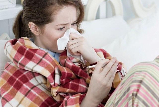 Luật sư 29 tuổi tử vong vì bệnh cúm, chuyên gia cảnh báo phải cẩn trọng tuyệt đối khi mắc bệnh này - Ảnh 2.