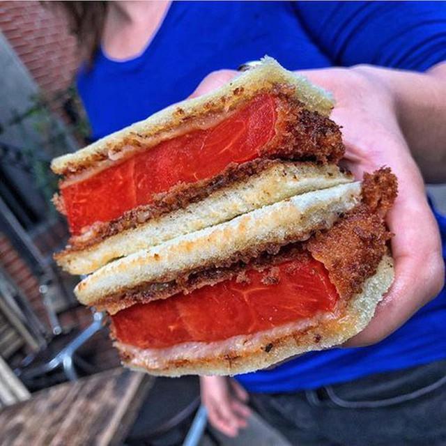 Hồ hởi bỏ ra hơn 200k mua miếng sandwich thịt bò, ai ngờ món ăn nhận được lại là... - Ảnh 6.