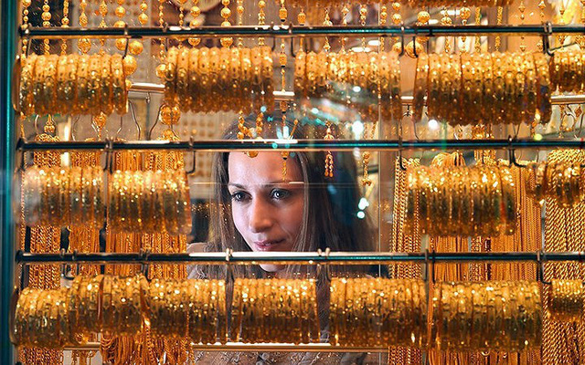 Choáng ngợp trước chợ vàng lớn nhất thế giới ở Dubai - Ảnh 12.