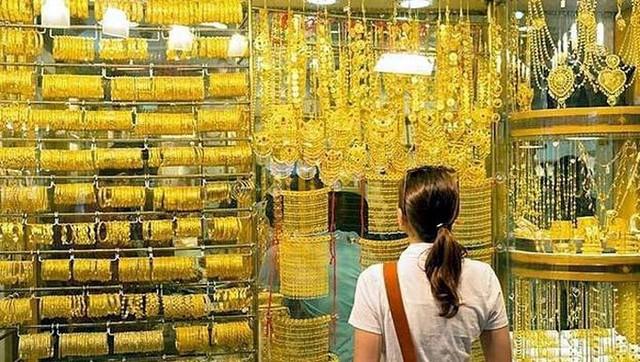 Choáng ngợp trước chợ vàng lớn nhất thế giới ở Dubai - Ảnh 4.