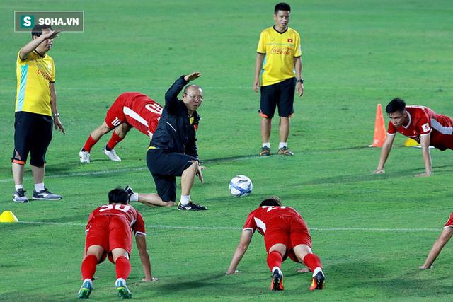 HLV Park Hang-seo liên tục kêu cứu, thật sự đáng lo cho ĐT Việt Nam - Ảnh 2.