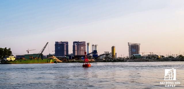 Cận cảnh dự án cầu 4.260 tỷ đồng đang thi công bắc qua sông Sài Gòn nối Quận 1 có Quận 2 - Ảnh 3.