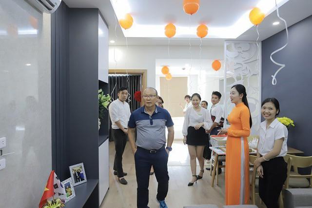 Căn hộ mới 1,3 tỷ đồng của HLV Park Hang Seo vừa nhận từ một công ty môi giới BĐS - Ảnh 2.