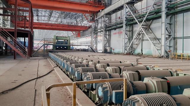 Hậu Vinashin: 8 năm hoang tàn bỏ mặc, không thể tin nổi đây là nhà máy thép từng ngốn 3.300 tỉ đồng đầu tư - Ảnh 3.