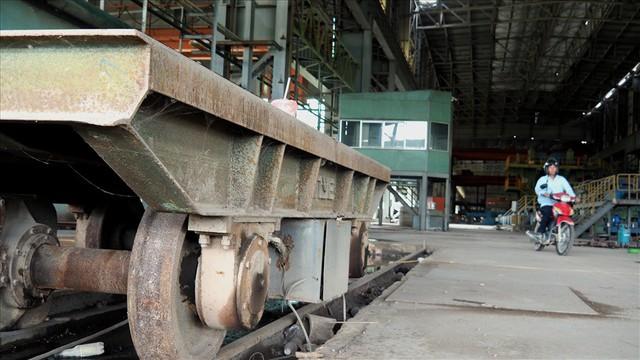 Hậu Vinashin: 8 năm hoang tàn bỏ mặc, không thể tin nổi đây là nhà máy thép từng ngốn 3.300 tỉ đồng đầu tư - Ảnh 6.