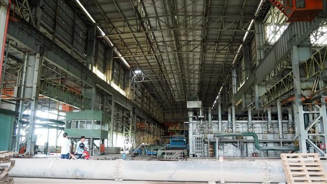 Hậu Vinashin: 8 năm hoang tàn bỏ mặc, không thể tin nổi đây là nhà máy thép từng ngốn 3.300 tỉ đồng đầu tư - Ảnh 8.