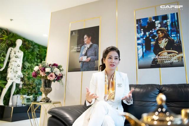 Doanh nhân Hà Bùi: Từ cô công nhân nhặt chỉ đến CEO thời trang Sohee - Ảnh 11.