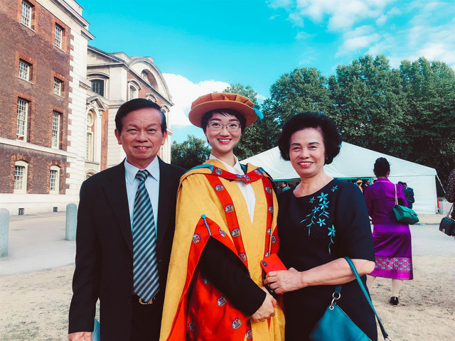 Nguyễn Tuệ Anh: Nữ Tiến sĩ Oxford  phổ biến kinh tế học bằng sách - Ảnh 6.