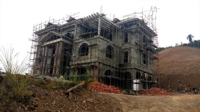 Cận cảnh villa khủng xây trái phép của Công ty xi măng Công Thanh - Ảnh 3.