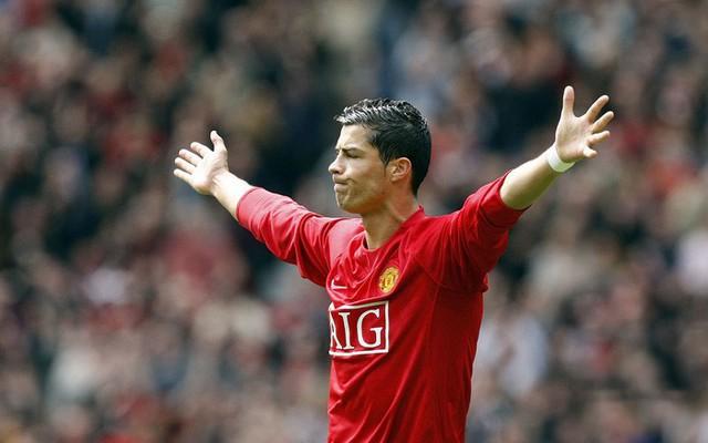 Ronaldo và MU, 15 năm một mối tình lãng mạn - Ảnh 3.