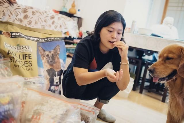 Không tin tưởng vào sản phẩm được sản xuất trong nước, những người nuôi thú cưng ở Trung Quốc trở thành nạn nhân kế tiếp của cuộc chiến thương mại - Ảnh 1.