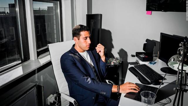 Khởi nghiệp từ 1.000 USD khi còn là sinh viên, 9X gây bất ngờ sau 4 năm: Gây dựng công ty trị giá hàng triệu đô từ những thứ nhỏ nhặt - Ảnh 4.