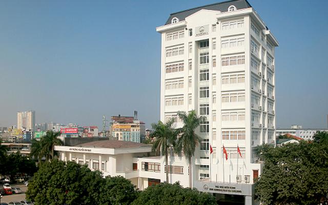 Cận cảnh vẻ đẹp lãng mạn của ĐH Quốc gia Hà Nội - Ngôi trường chiếm vị trí cao nhất ĐH Việt trong 2 BXH uy tín thế giới gần đây - Ảnh 1.