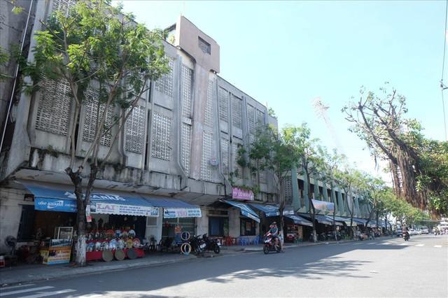 Sân vận động Chi Lăng hoang tàn sau gần 8 năm bán cho doanh nghiệp - Ảnh 10.