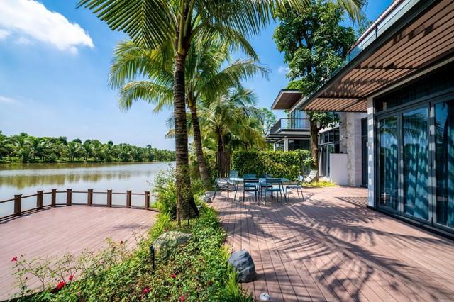 Choáng ngợp có độ xa xỉ của villa siêu sang ven đô Hà Nội - Ảnh 1.